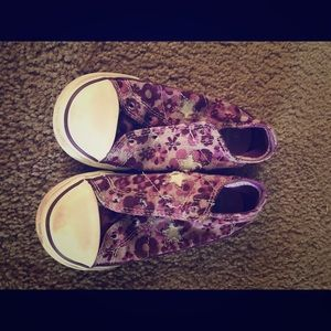 Purple flower Converse